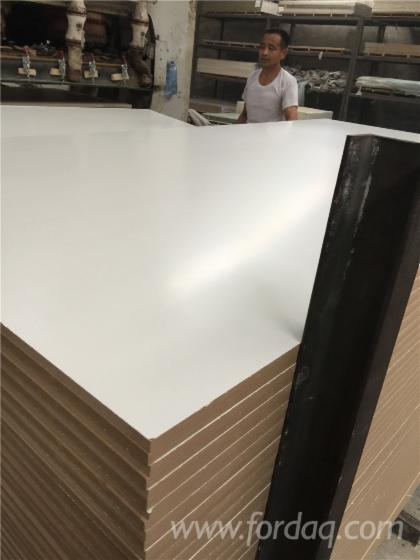White Laminate Plywood Board