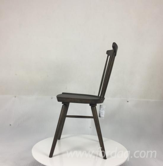 kitchen chairs frigidaire package 厨房椅子 传统的