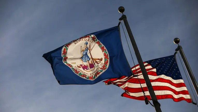 Virginia Gov. Ralph Northam orders 10-customer limit at ...