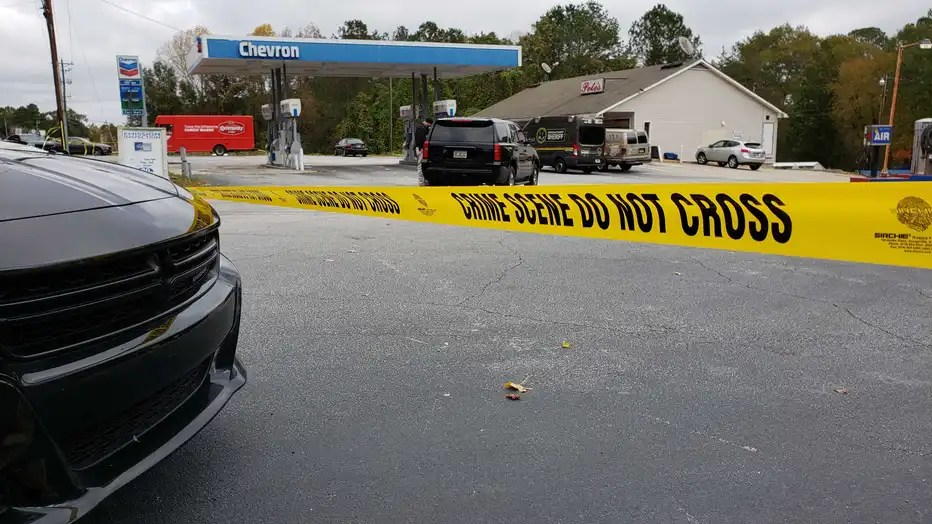 Man Found Shot To Death In Douglas County Gas Station