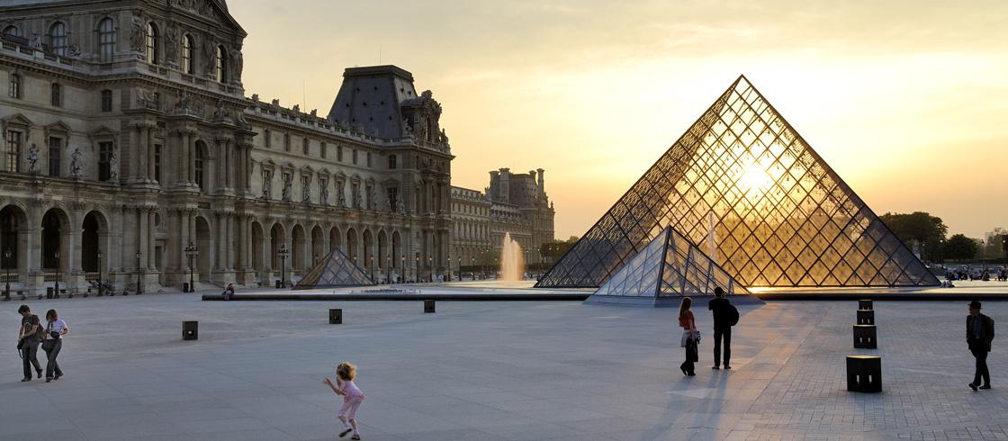Resultado de imagen para Museo del Louvre,París,Francia
