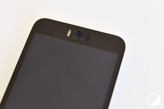 Asus-Zenfone-2-Selfie-3-sur-12
