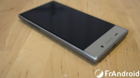 Sharp-Aquos-Crystal01