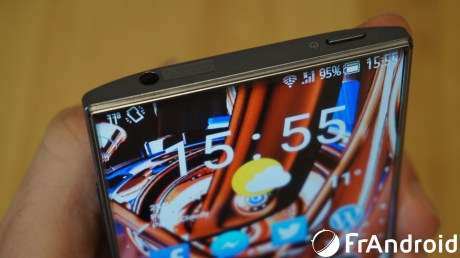 Sharp-Aquos-Crystal14