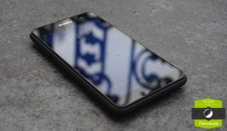 Sony-Xperia-E4g-8