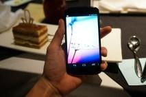 android-google-nexus-4-blanc-white-image-4