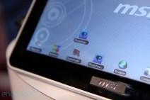 msi-tablet04-hands