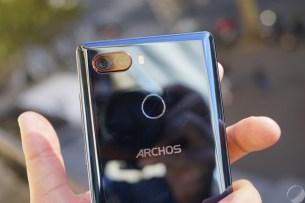 archos-diamond-omega-13