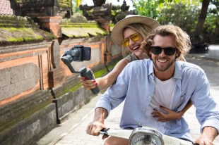 dji-osmo-mobile-2-lifestyle-10