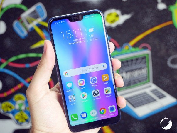 Honor 10 face