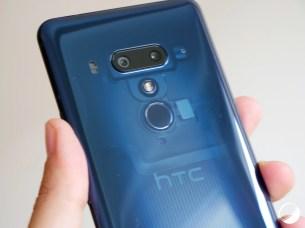 HTC U12 Plus translucide