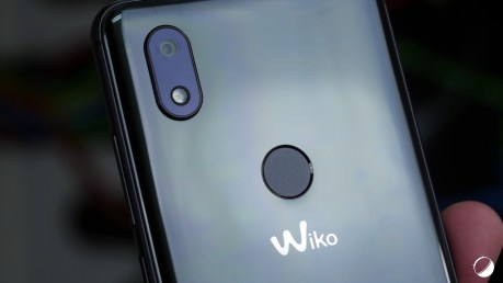 Wiko View 2 dos close
