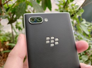 blackberry-key2- (10)