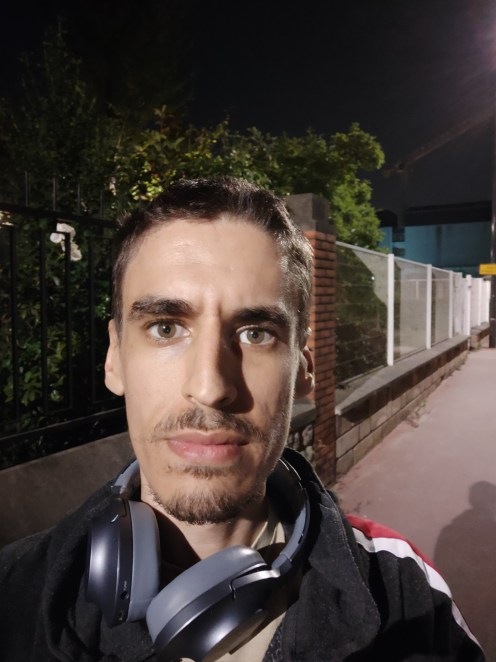 Oppo Find X test selfie (1)