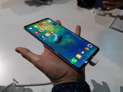 Huawei Mate 20 X pés