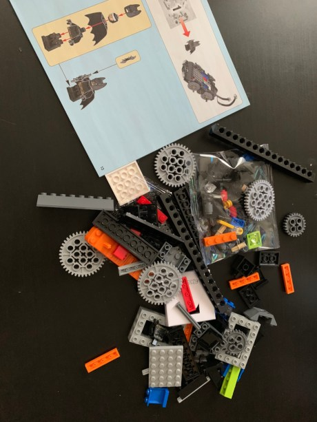 Test Lego DC COMICS Super Heroes Batmobile radiocommandée boite montage 1