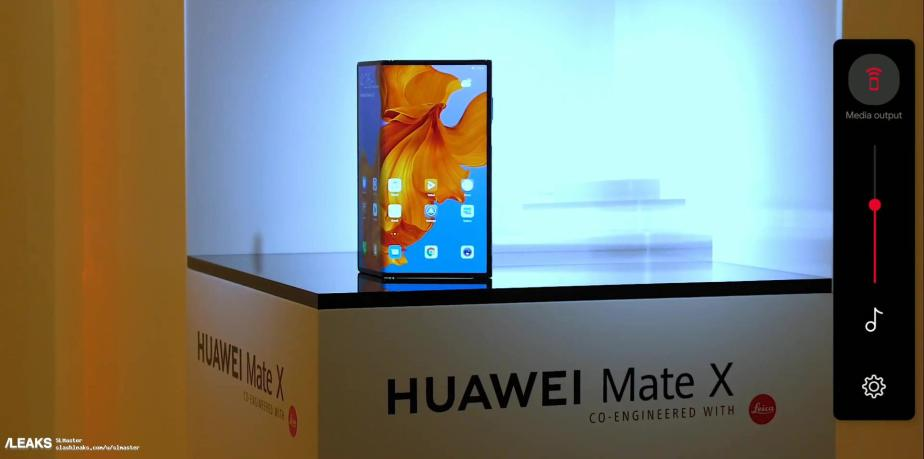 huawei-mate-x-live-pictures-leaked-606
