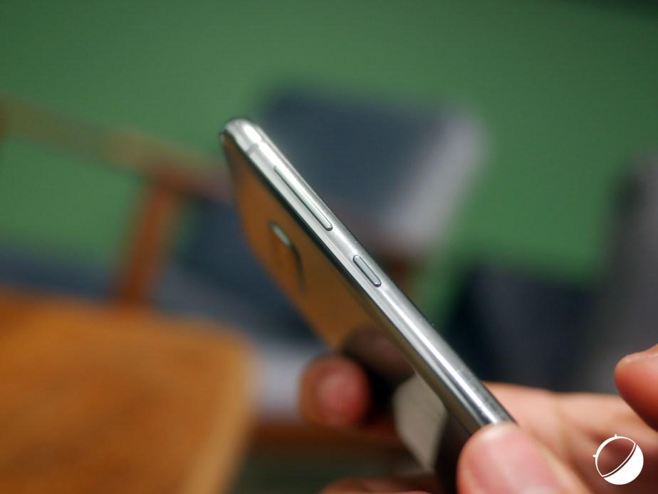 Samsung Galaxy S10e tra
