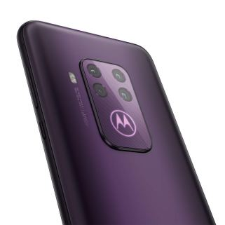 Motorola One Zoom apn
