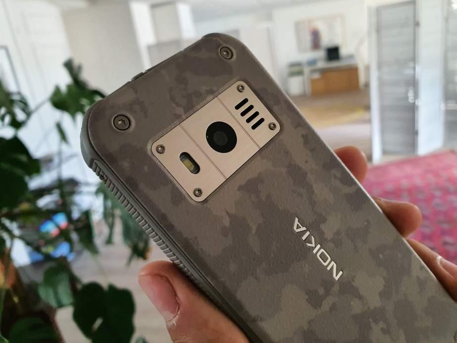 Nokia 800 Tough a