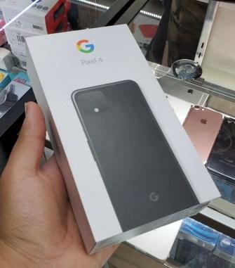 google-pixel4-boite-01