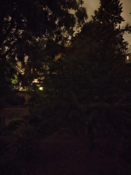 Photo en mode nuit du Realme X50, grand-angle