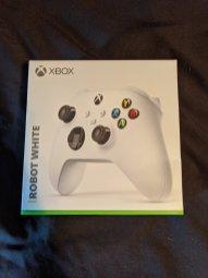 La manette de Xbox Series X et Series S // Source : Zak S