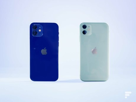 L'iPhone 12 et l'iPhone 11 d'Apple // Source : Frandroid / Arnaud Gelineau