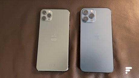 L'iPhone 11 Pro Max et l'iPhone 12 Pro Max