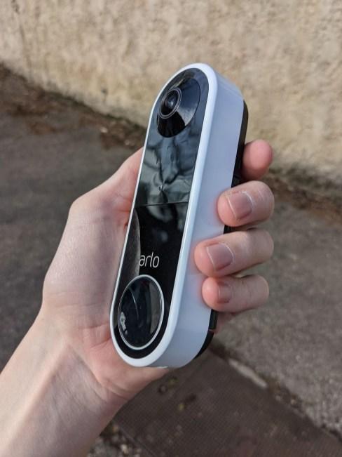 Arlo Essential Wire-Free Video Doorbell (4)