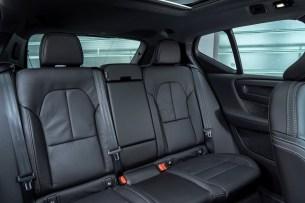 À l'intérieur du Volvo XC40 Recharge Twin / Source : ACE Team pour Volvo Cars France