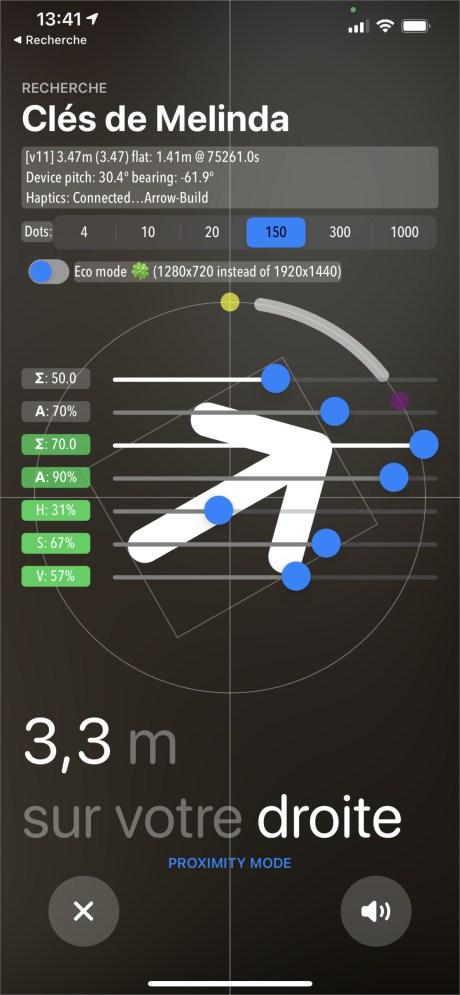 La flèche indique alors rapidement la direction de l'objet s'il est à proximité // Source : FRANDROID