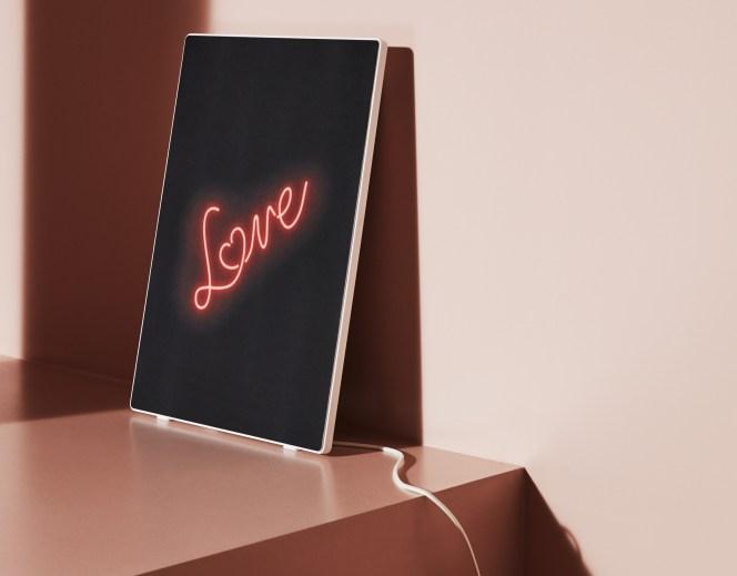 Le cadre avec enceinte Wi-Fi intégrée Symfonisk peut avoir le design que vous voulez // Source : IKEA/Sonos