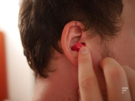 Les écouteurs Beats Studio Buds se contrôlent à l'aide des boutons