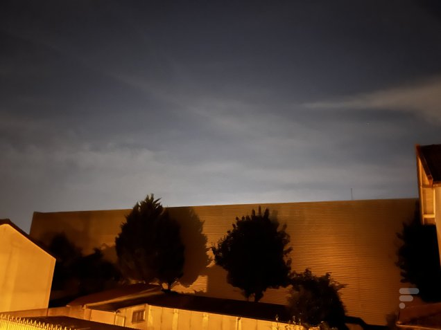 L'iPhone 13 gère bien mieux la photo de nuit et les ombres // Source : FRANDROID - Melinda DAVAN-SOULAS