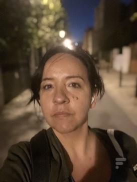 Le mode nuit est aussi amélioré sur la caméra FaceTime // Source : FRANDROID - Melinda DAVAN-SOULAS