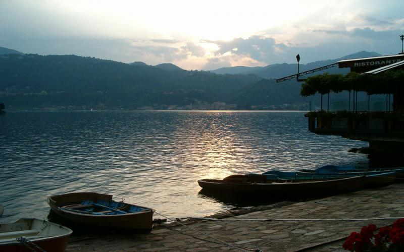 Cute Baby Animals Wallpapers Free Download Hd Lago D Orta Italy Wallpaper Download Free 88039