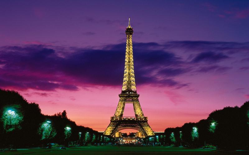 Cute San X Wallpaper Hd Eiffel Tower At Night Paris France Wallpaper Download