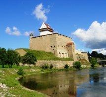 Free Narva' Hermann Castle Stock