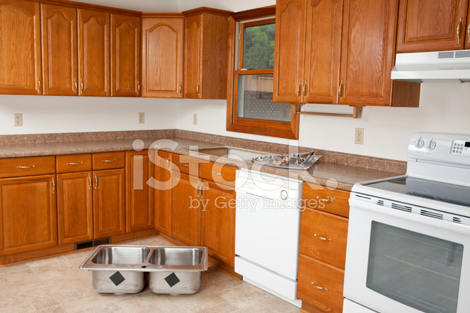 new kitchen sink water resistant laminate flooring 新厨房水槽安装照片素材 freeimages com premium stock photo of 新厨房水槽安装