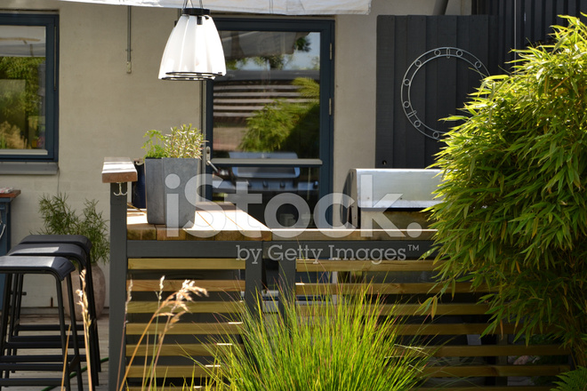 grill for outdoor kitchen remodeling projects 户外厨房用不锈钢燃气烧烤炉烧烤照片素材 freeimages com premium stock photo of 户外厨房用不锈钢燃气烧烤炉烧烤