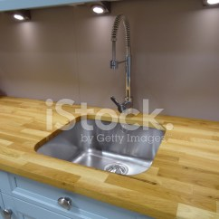 Stainless Kitchen Sinks Outdoor Tampa 不锈钢厨房水槽 单盆地 实橡木木材敬业精神照片素材 Freeimages Com Premium Stock Photo Of 实橡木木材敬业精神