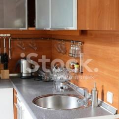 European Kitchens Kitchen Ladder 现代欧洲厨房的内部照片素材 Freeimages Com Premium Stock Photo Of 现代欧洲厨房的内部