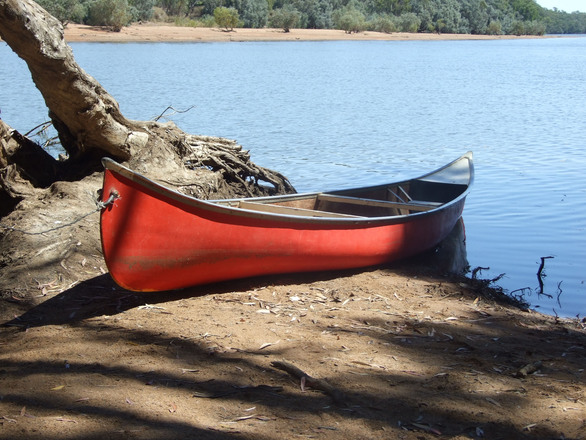 Canoe at waterhole 1