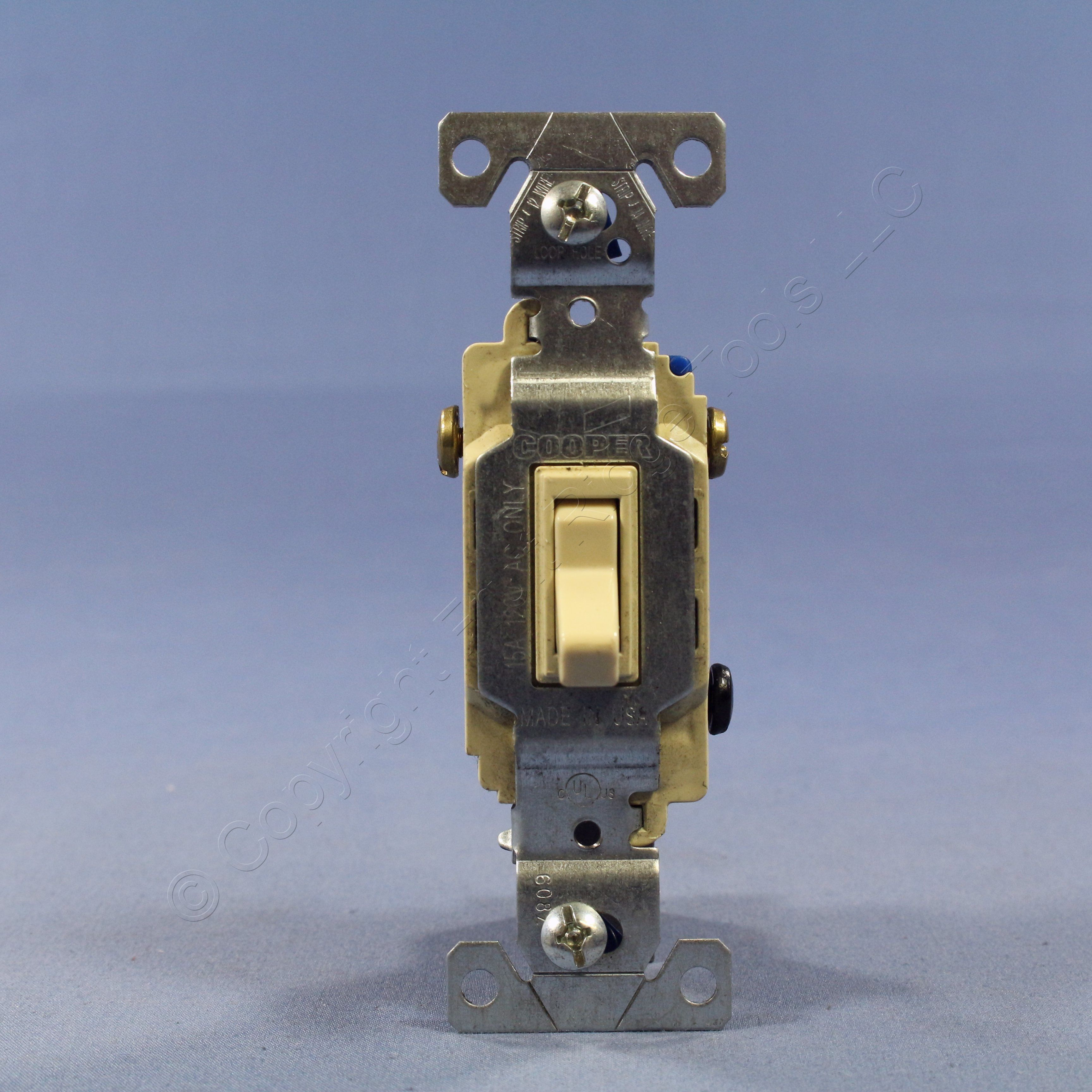 Cooper 3 Way Light Switch