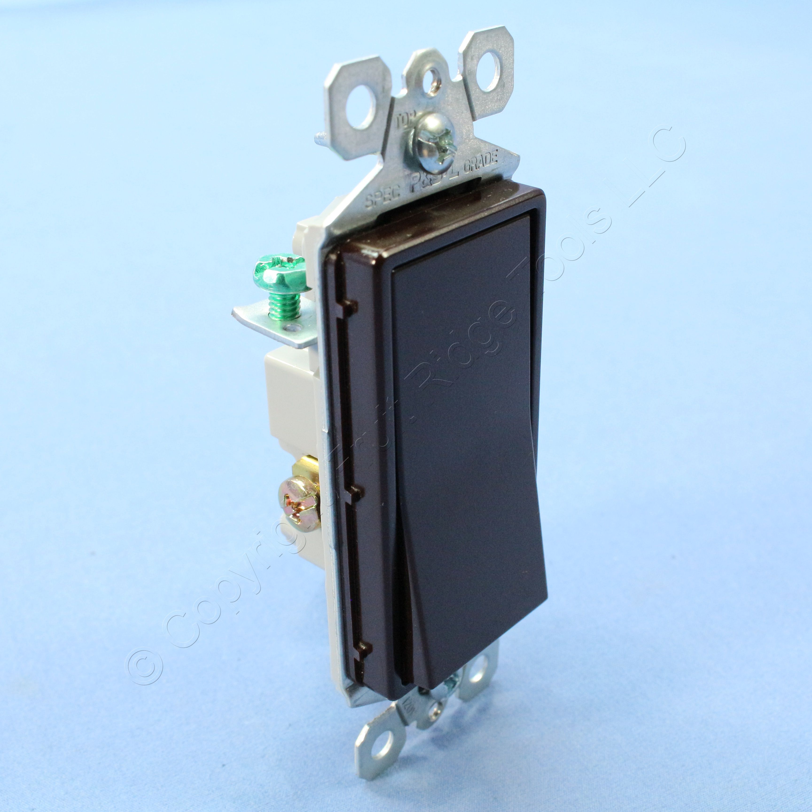 Cooper Wiring Devices 30amp Brown Single Pole Locking Light Switch