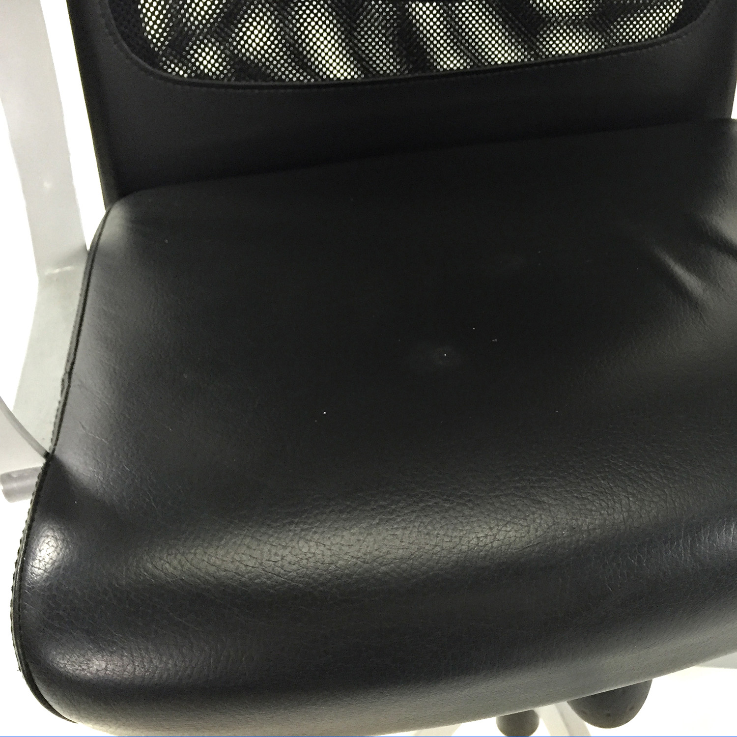 Markus Chair 51 Off Ikea Markus Swivel Chair Chairs