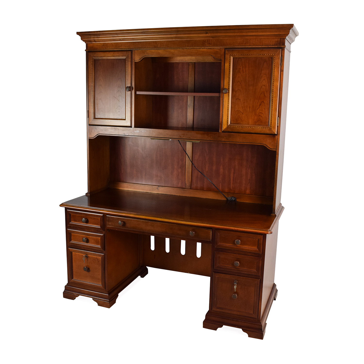 79 Off Hammary Furniture Hammary Furniture Wooden Desk