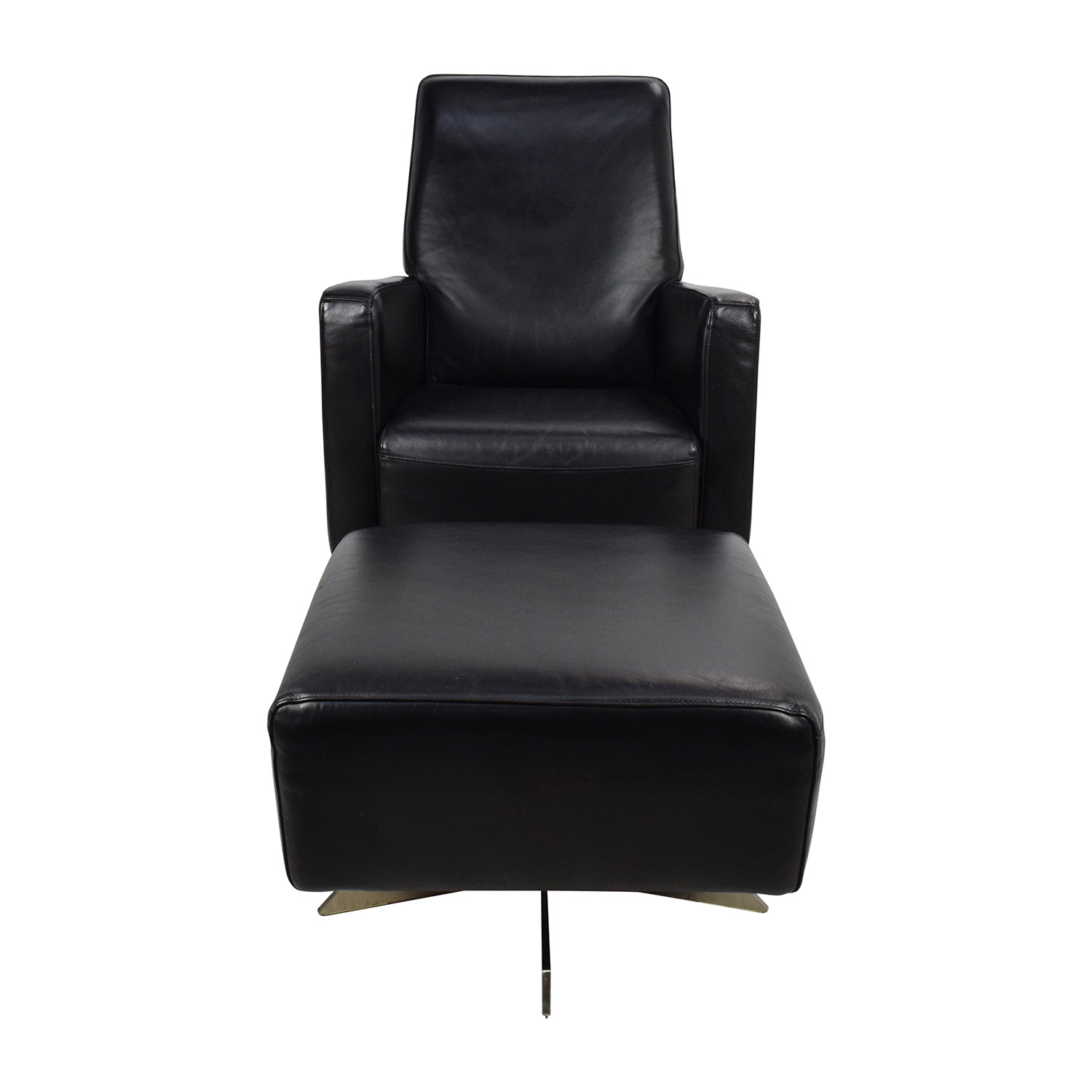 Black Swivel Chair 90 Off Natuzzi Natuzzi Black Leather Swivel Chair With