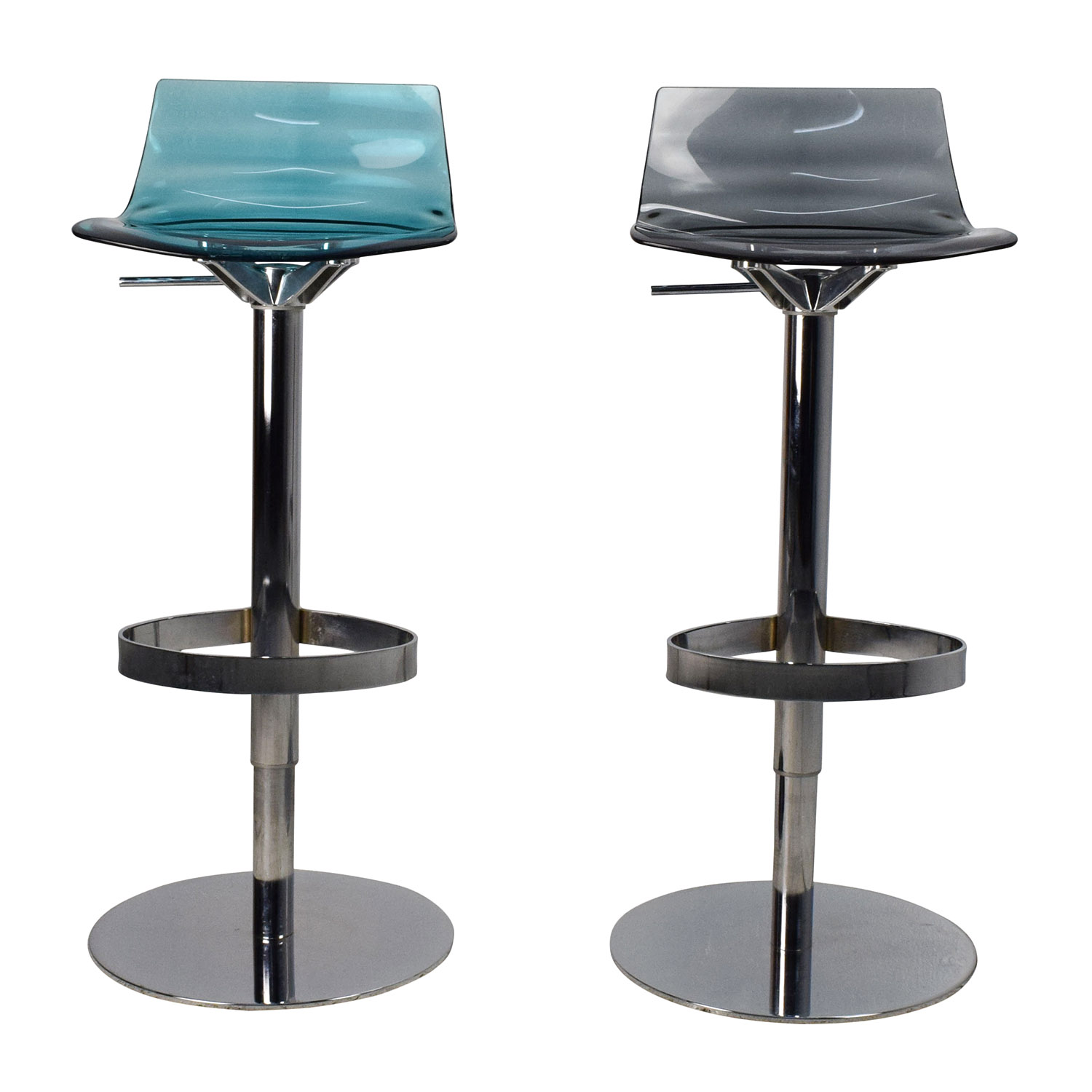 stool chair second hand outdoor and ottoman 82 off moroso fjord white leather barstools chairs calligaris leau adjustable swivel bar pair